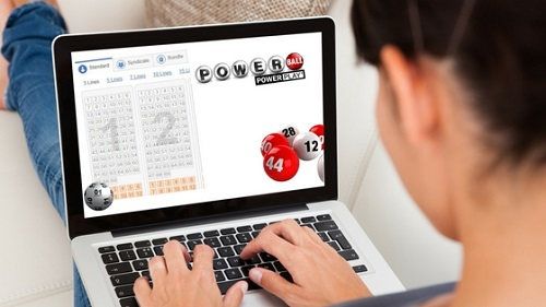 Indians play Powerball online